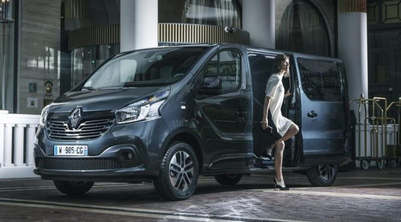 Inchiriere Microbuze Timisoara | Rent a Car Timisoara - Renault Trafic 2017